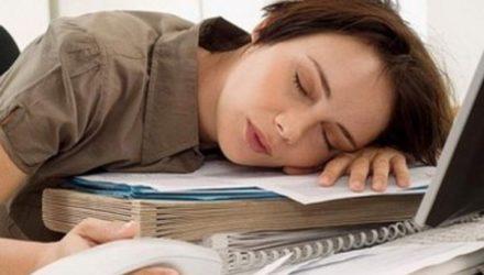 Привыкать к работе вредно
