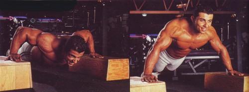 упражнения для груди отжимания на опорах